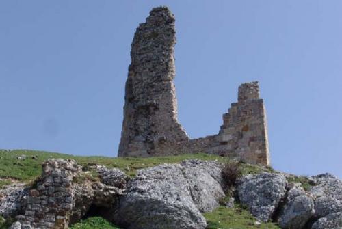 Castillo Lara13