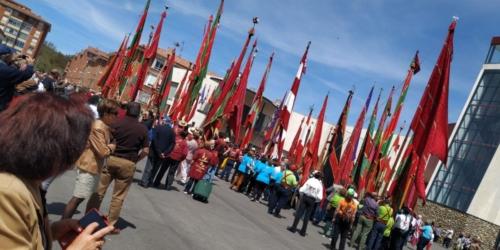 concentración de pendones en Villa de Guardo, Palencia (2)